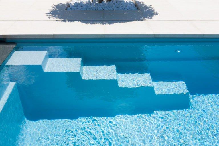 trap onder water